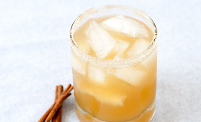 Spicy Spiked Cider - an adult twist on classic mulled cider with spiced rum. Perfect for Thanksgiving!