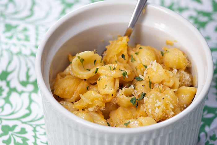 Mac N' Cheese: 15 Ways to Get Cheesy This Thanksgiving | NoshOn.It