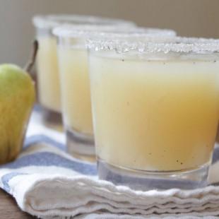 Vanilla, Pear, and Vodka Cocktail