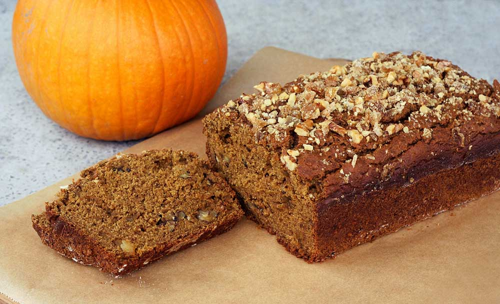 ginger pumpkin gingerbread cake with pumpkin gingerbread with pumpkin ...