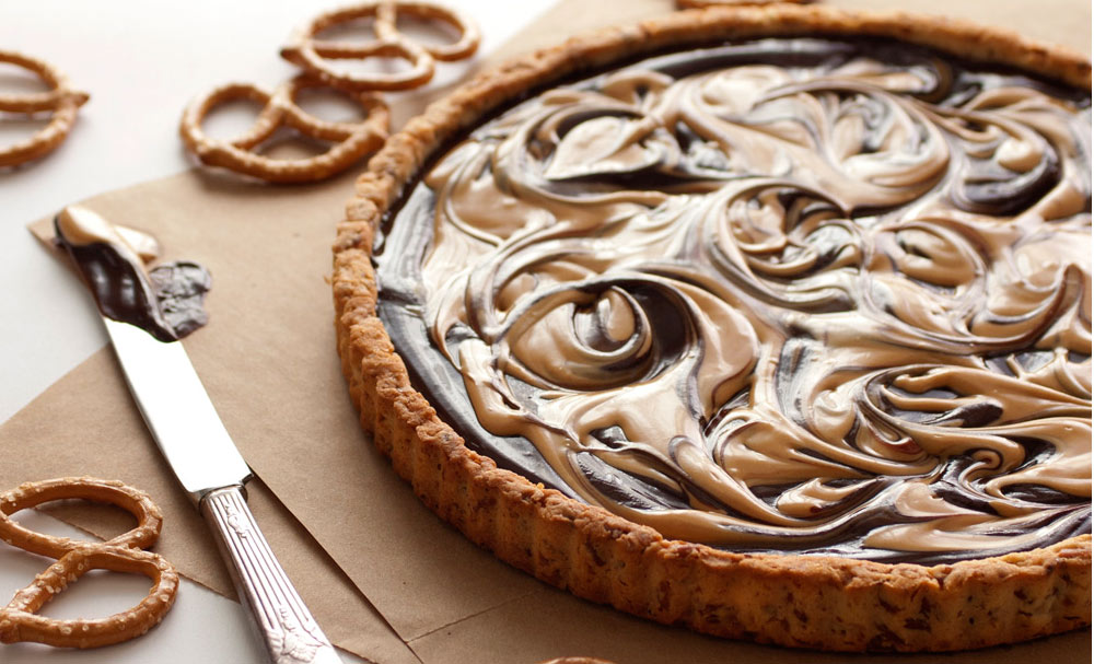 Chocolate Covered Peanut Butter Pretzel Tart | Recipes | NoshOn.It