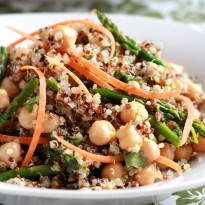Curried Quinoa and Asparagus Salad