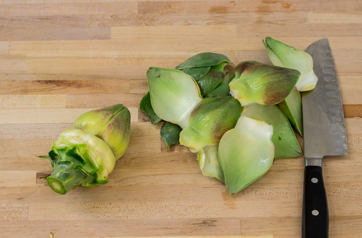 p Artichokes: Pull off the Leaves
