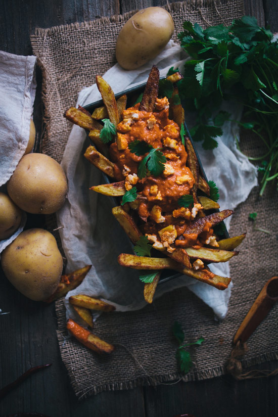 Oven Baked Curry Fries with Tikka Masala Sauce