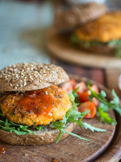 Spicy Salmon Burgers