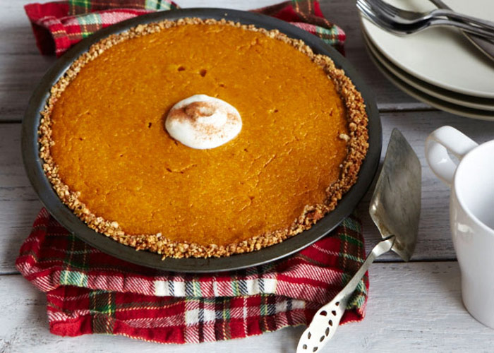 Pumpkin Pie with Nut Crust