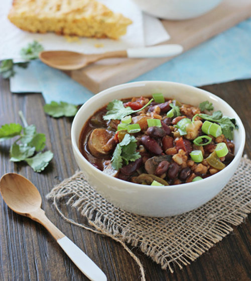 Crockpot Vegetarian Chili with Farro and 12 other soups & stew with whole grains