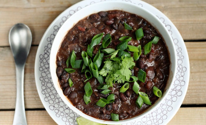 Chipotle Black Bean and Quinoa Crockpot Stew