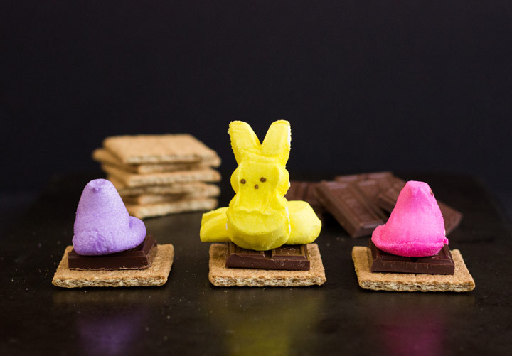 How to Assemble Peeps S'Mores