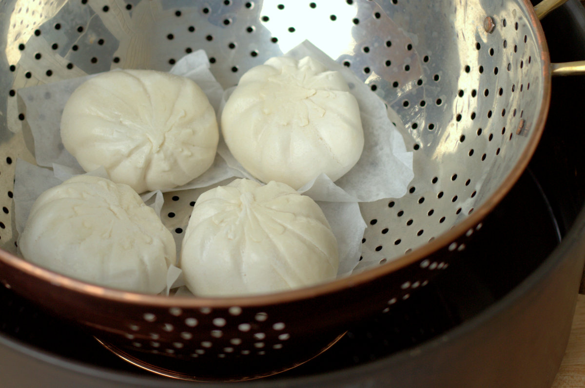 How to steam dumplings without a steamer