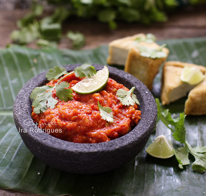 Homemade Sambal Oelek from Cooking Tackle