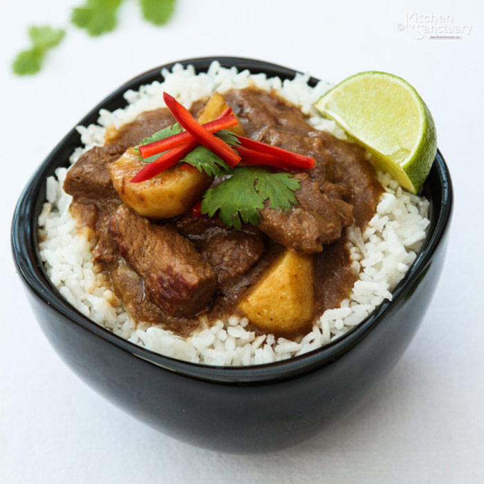 Beef Massaman Curry with Potatoes from Kitchen Sanctuary